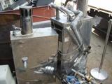 湯沸かし器B 熱交換する部分がステンレス製の物